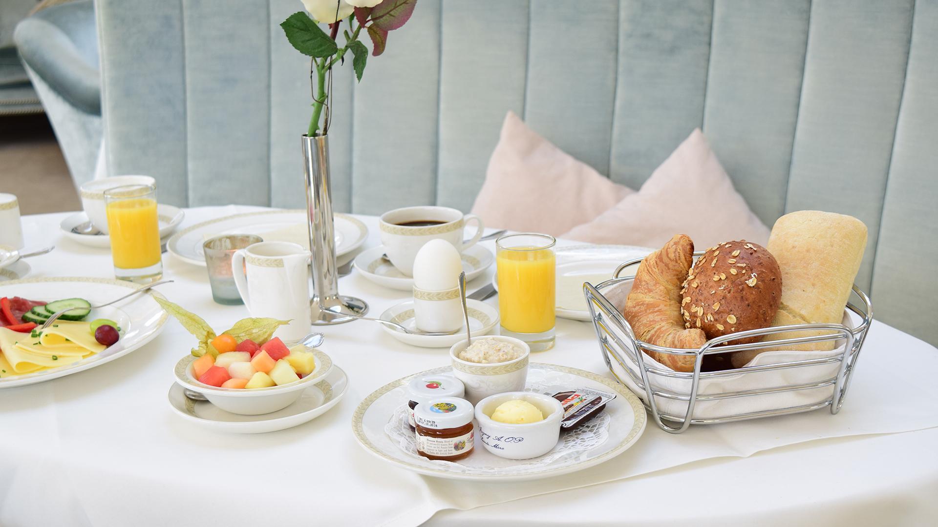Frühstück im Café Rosenpark